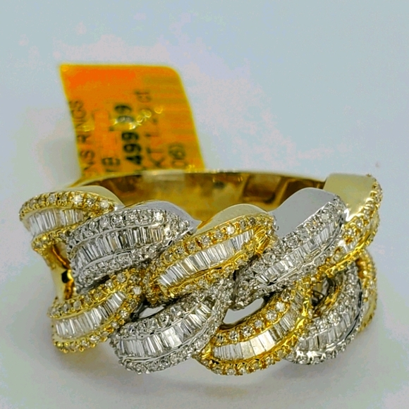 10kt SOLID - Cuban Link Ring Diamond